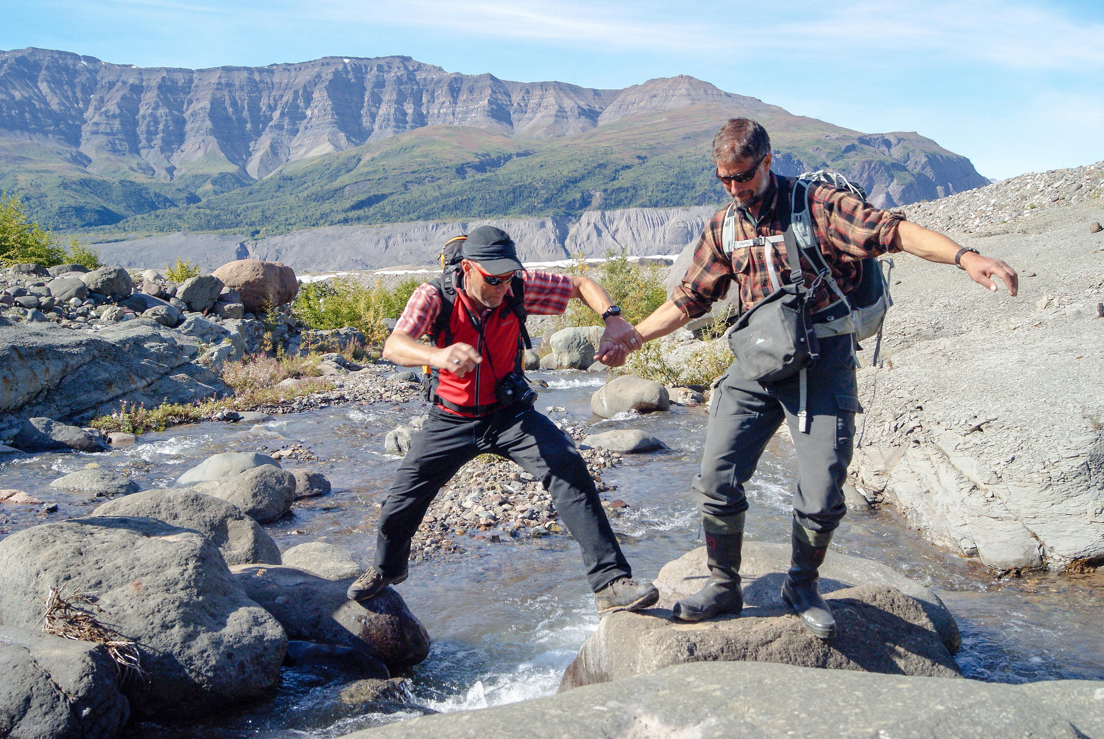 Reiseleitung - Bachquerung in Alaska