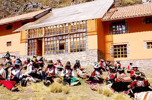 camino-apu-ausangate-trekking-gruppe