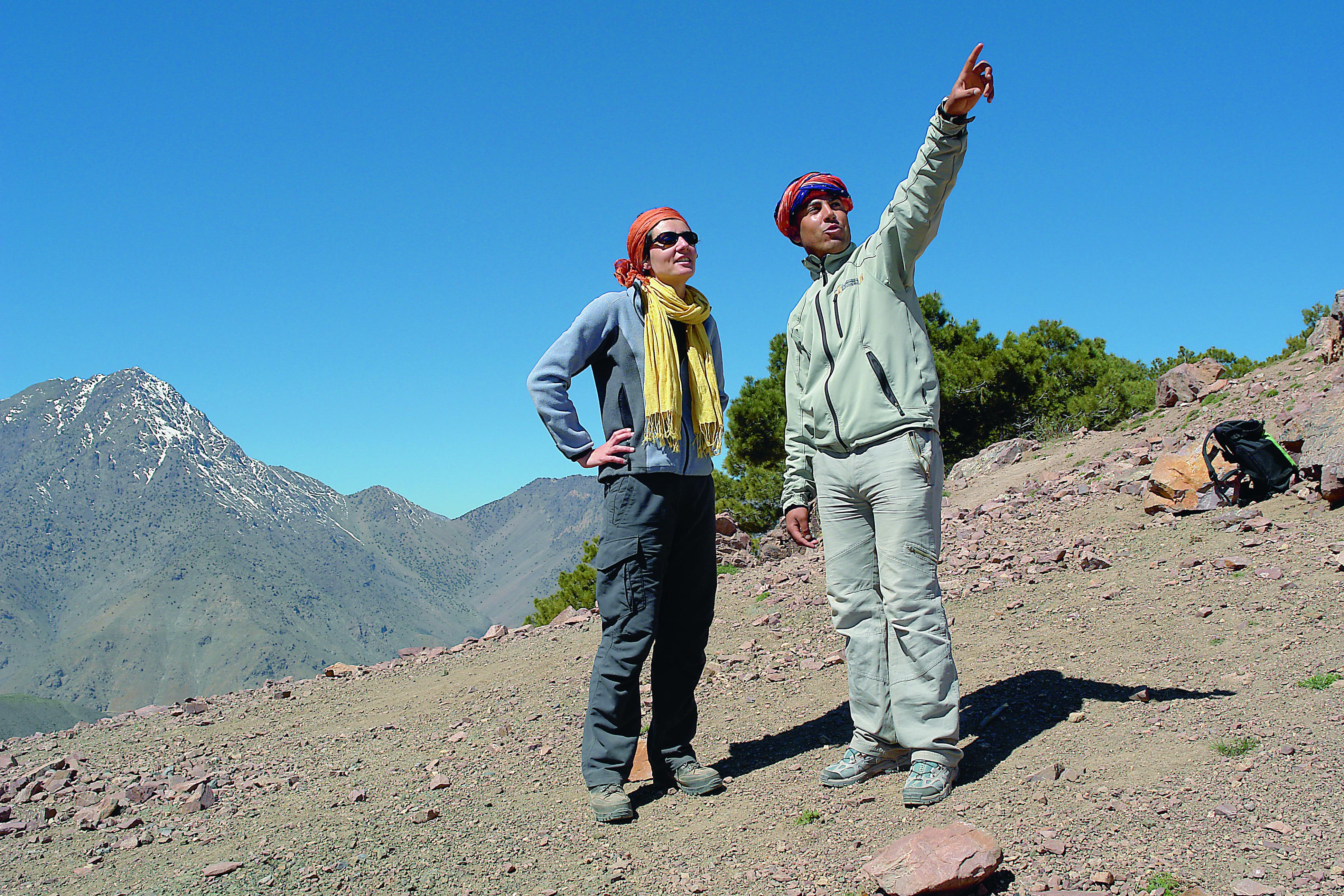 Reiseleitung beim Wandern in Marokko