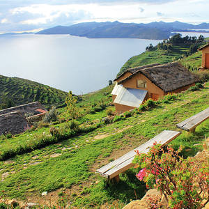 La-Estancia-Ecolodge-Bolivien-Titicacasee-Aussicht