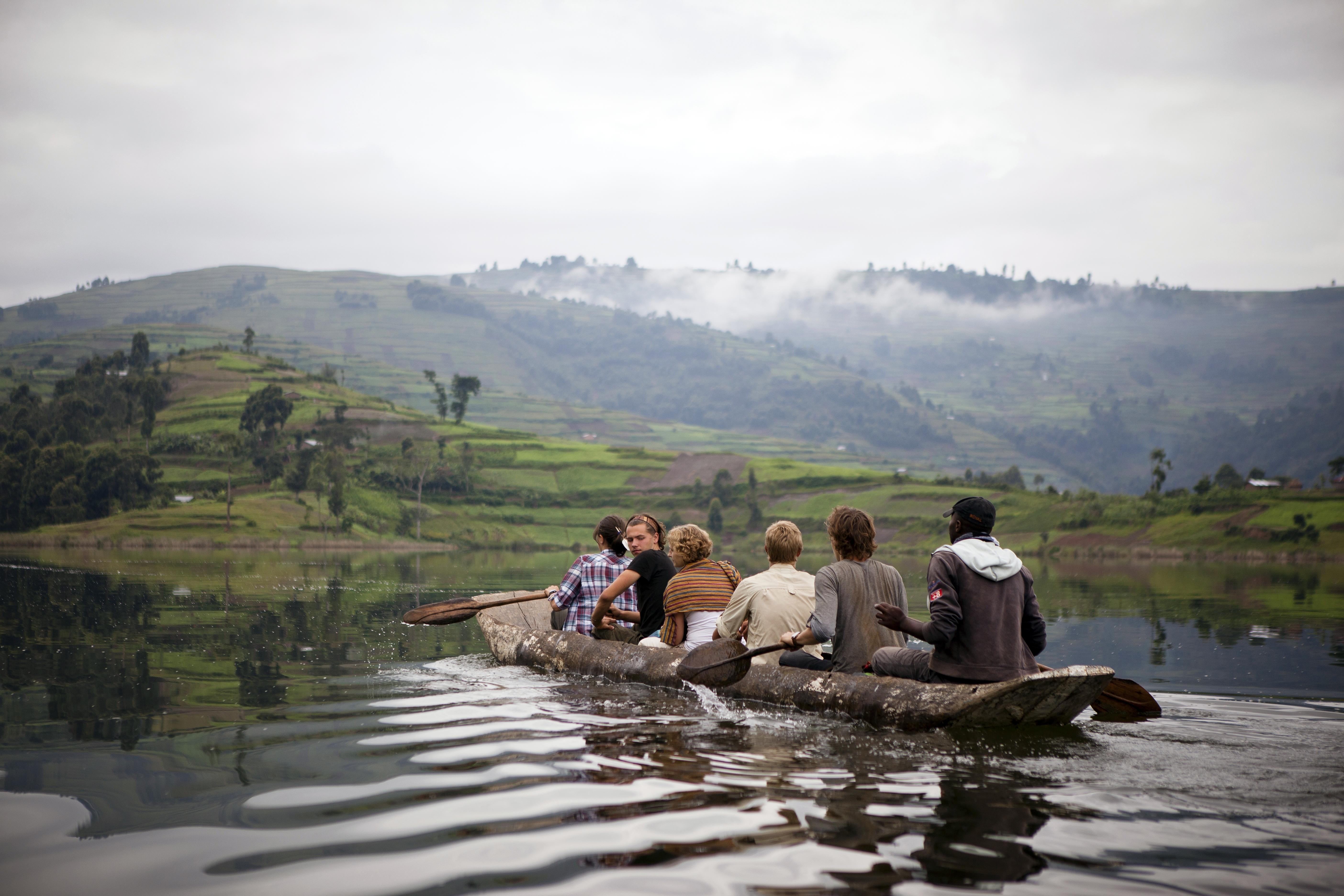 Kanu Lake Mutanda