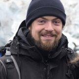 Jonathan Topf Reiseleiter Porträt