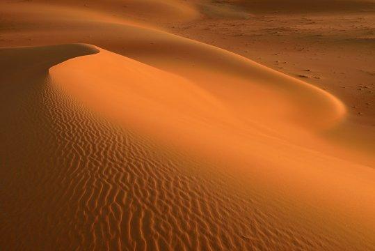 Oman-Orangefarbene-Dünen-in-der-Rub-Al-Khali
