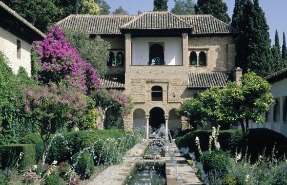 Unterwegs in der Alhambra
