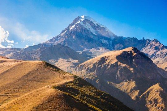 Blick auf den mächtigen Kasbek