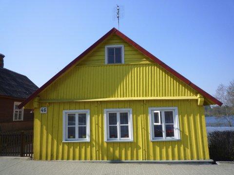 Gelbes Trakai Dorf Haus Karaimer