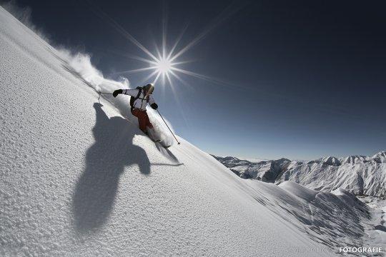 Gregor_Hartl-Ski-Gudauri-Powder