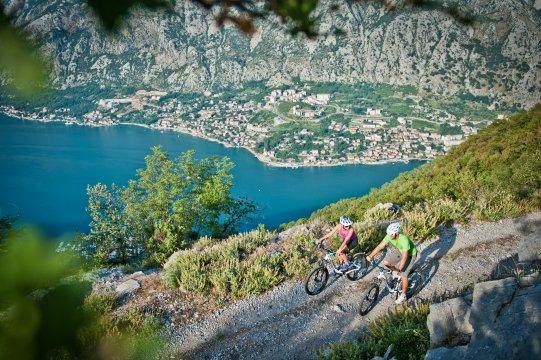 Montenegro-MTB_Panoramablick auf die Bucht von Kotor3