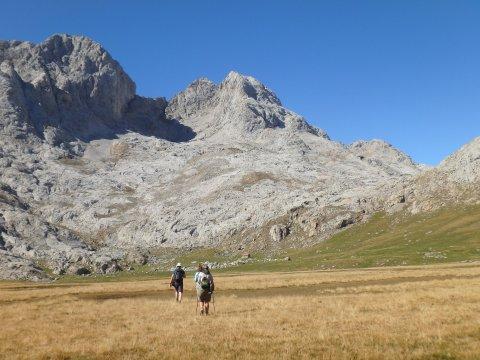 Wanderung durch die Picos mit Panorama
