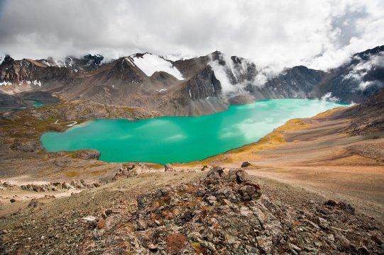 Alaköl-See im Terskej-Alatau-Gebirge