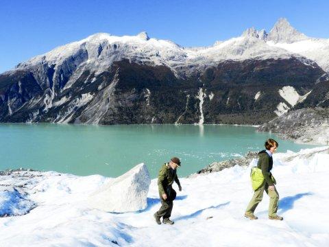 Über den Gletscher Leones laufen_2