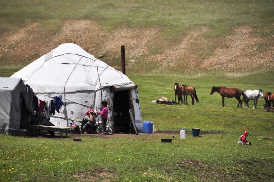Sommerbehausung der Kirgisen_2