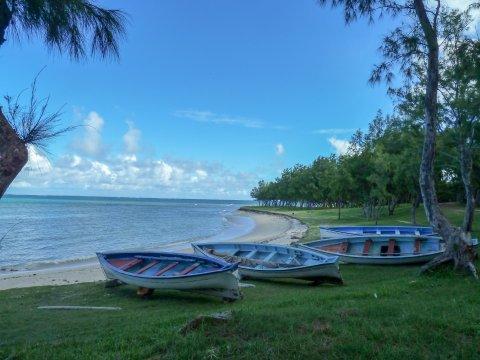 Boote in der Bucht auf Rodrigues