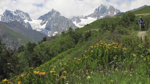 Bergkulisse in Swanetien