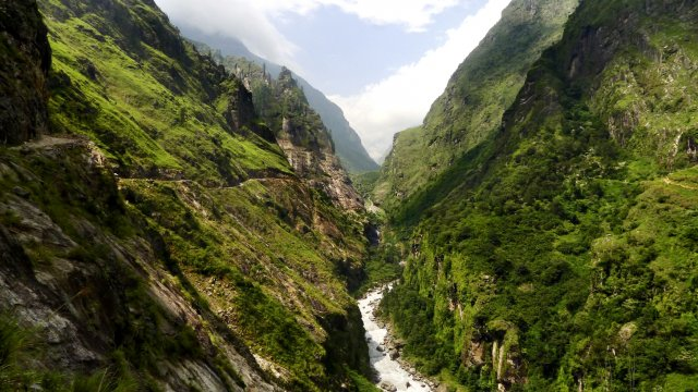 Der Marsyangdi-Fluss im Annapurna Himal