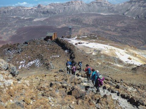 Abstieg zu Teide Seilbahn