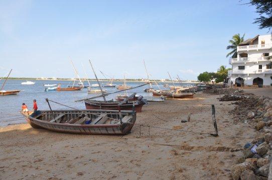 Kenia-Lamu-Beach-2