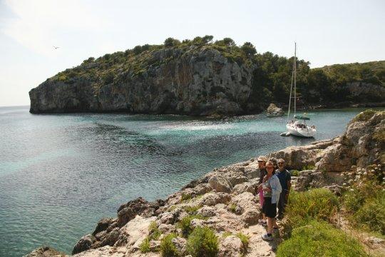 Wandern in herrlicher Bucht Calas Coves_2
