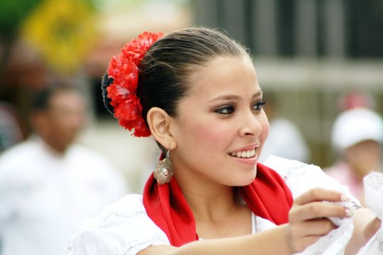 Nica in Tracht_2