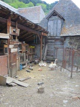 typischer Bauernhof in den Pyrenäen
