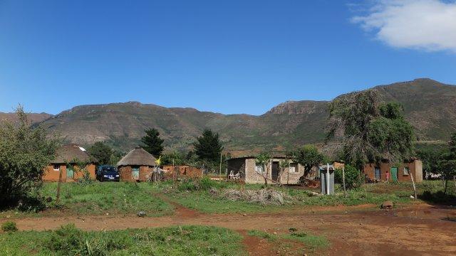 Südafrika-Lesotho-Dorfbesichtigung