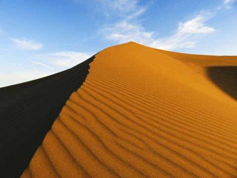 Eine rote Düne im Erg Chegaga in Marokko_2