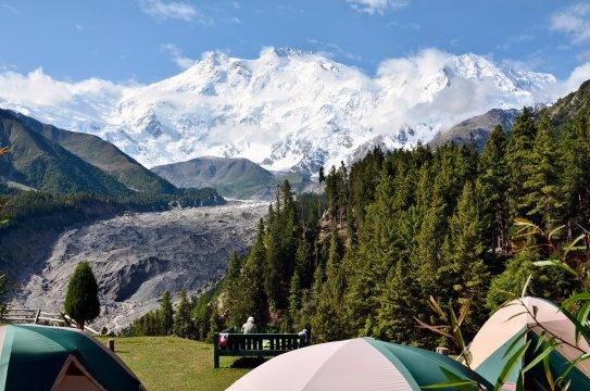 Pakistan - Maerchenwiese mit Nanga Parbat