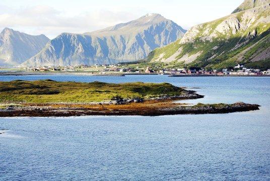 Schöne Aussichten am Fjord