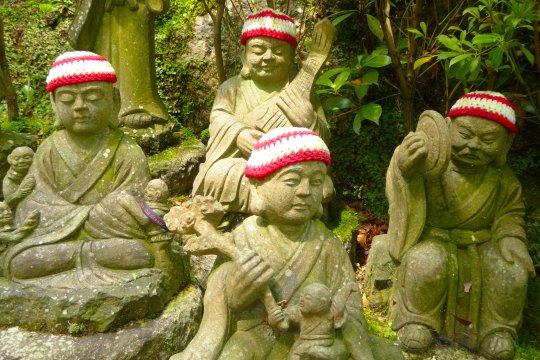 Jizos auf dem Kumano-Kodo-Pilgerweg