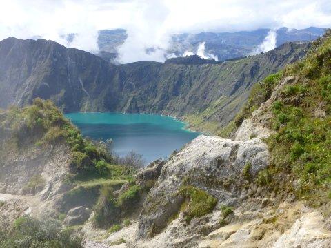 Ausblick auf die Quilotoa Lagune
