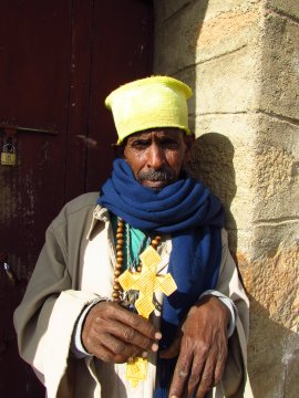 Priester St.-Panthaleon-Axum
