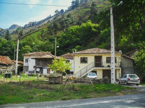 Typische Häuser in Asturien