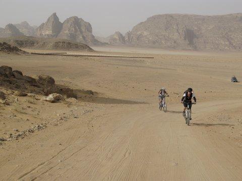 Mountainbiken im Wadi Rum Jordanien_2