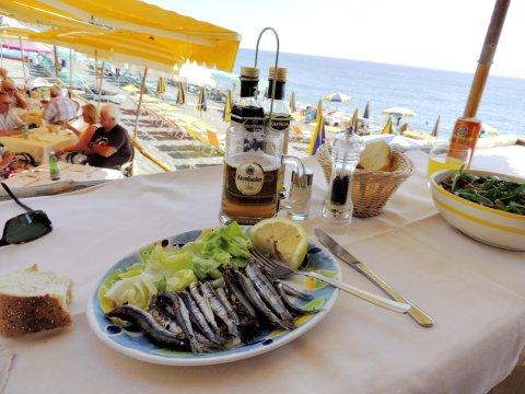 Ischia leckeres Essen am Strand_2