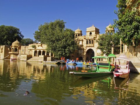 In Jaisalmer am Gadisagar Lake