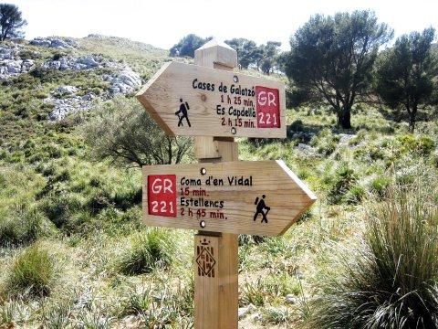 Wanderwegweiser auf Mallorca