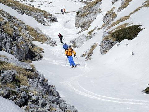 EU_BER_Griechenland_Ski_Abfahrt_Firn