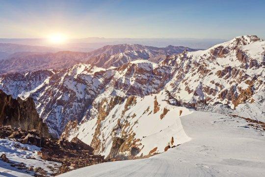 Marokko Toubkal in der Wintersonne