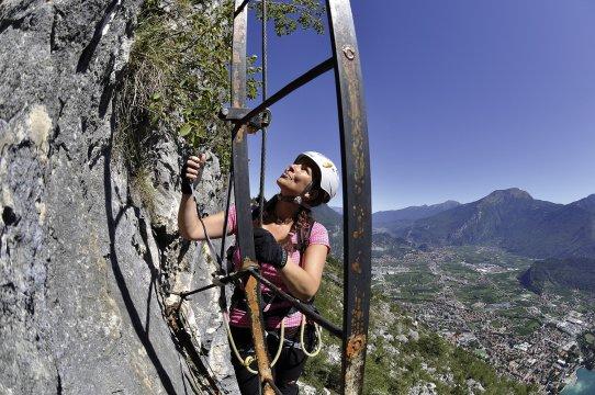 Klettersteige Amicizia Leitern 2