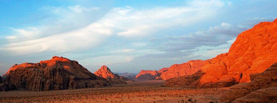 Jordaniens Wüste und Berge