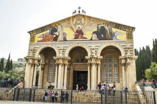 Kirche alle Naionen_2
