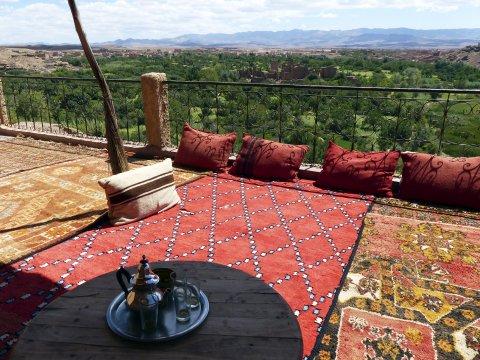Tee-Terrasse über der Oase_2