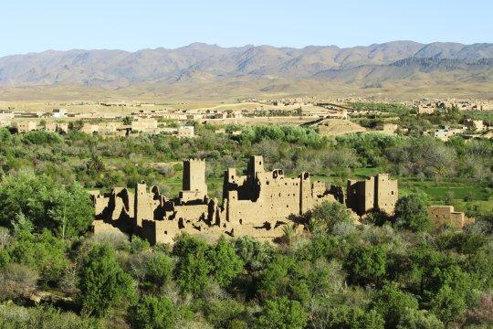Marokko Blick von ElKelaaMgouna zum Saghro Gebirge_2