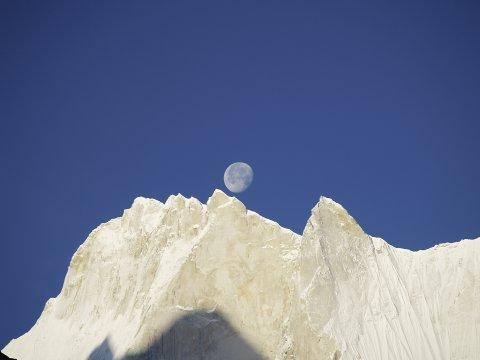 Mondaufgang im Himalaya