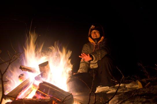 Gemütilicher Abend am Lagerfeuer