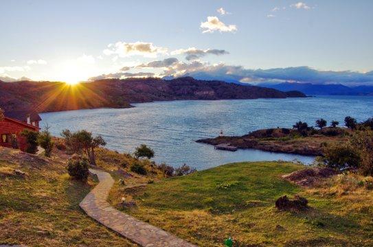Lago Leones