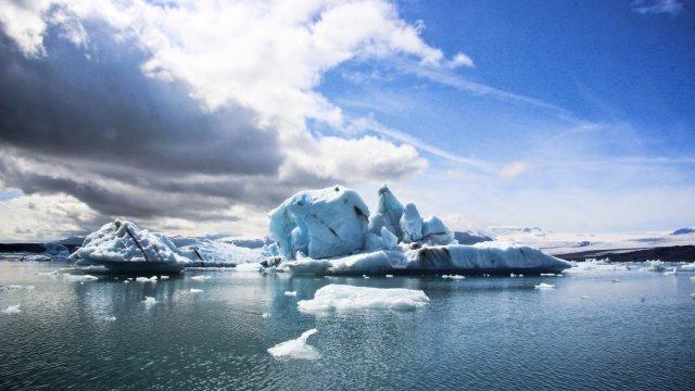 Eisberge auf der Gletscherlagune
