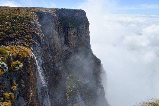 Tugela Falls zweithoechster Wasserfall der Welt_2