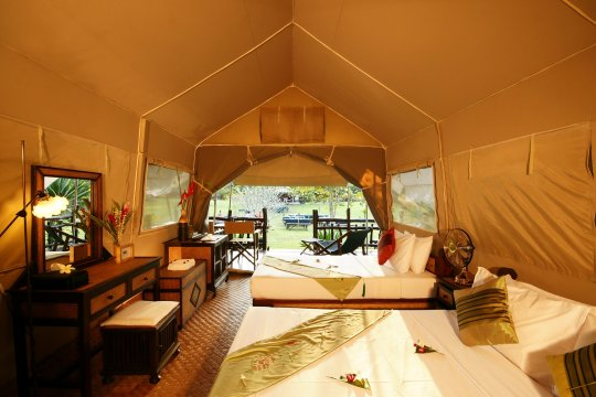 Hintok River Camp Room