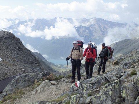 Oberhalb der Similaun Hütte (3019m) am Jochköfel (3143m) auf dem Weg zum Hauslabjoch